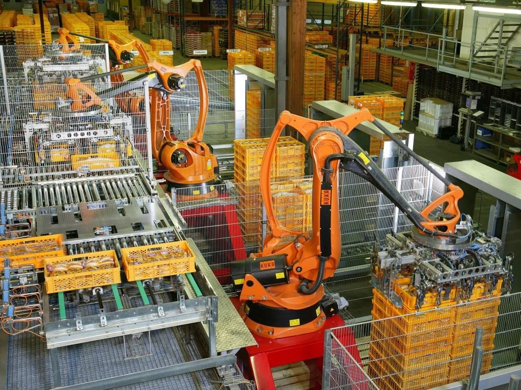 Tự động hóa công nghiệp – Xu thế trong các nhà máy sản xuất - FPT  TechInsight