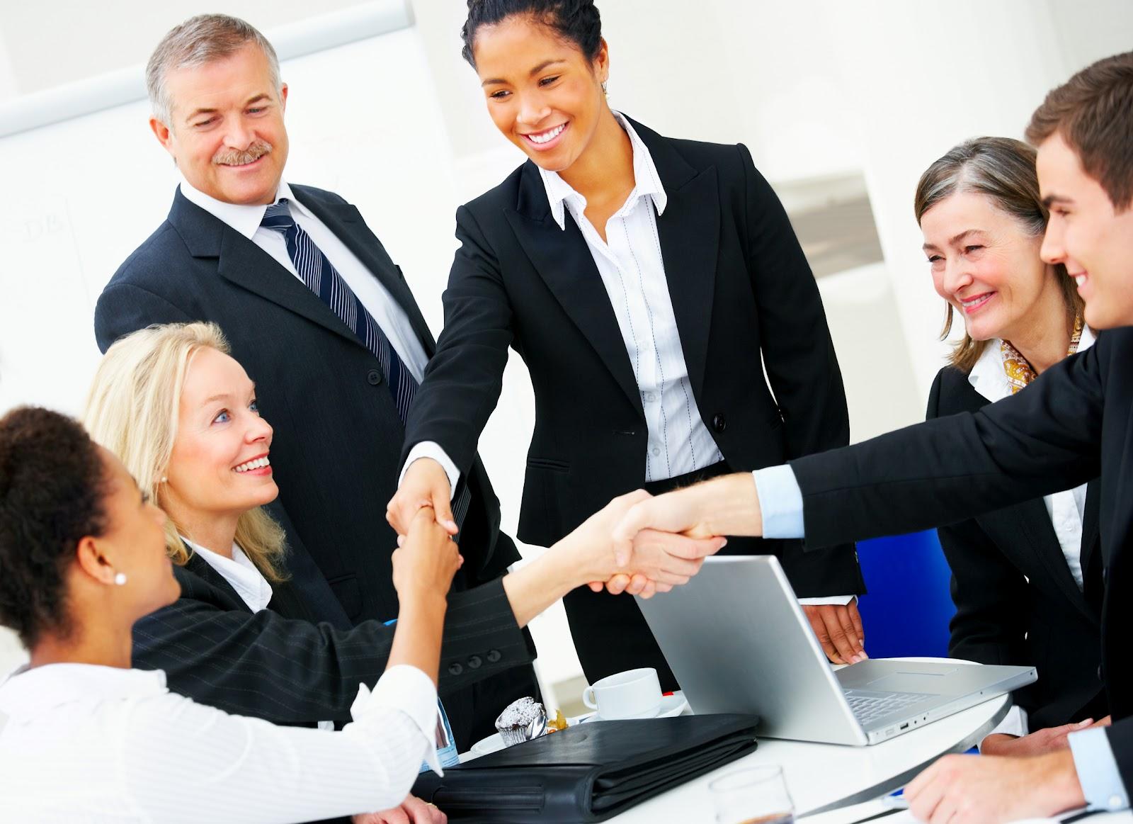 """Công việc hành chính nhân sự là gì? có nên """"cắt giảm"""" bộ phận này?"""
